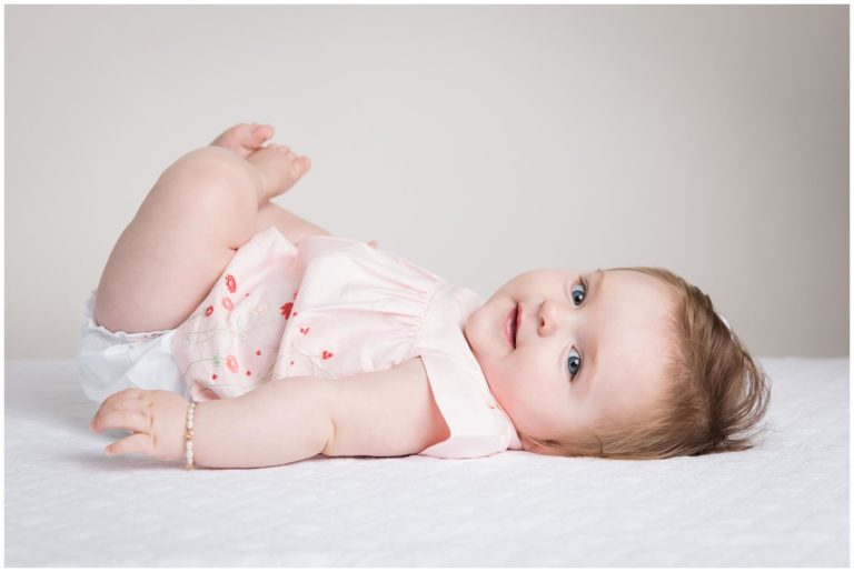 Read more about the article Pittsburgh Baby Photographer   Baby Harper 7 Month Portraits   Baby Plan